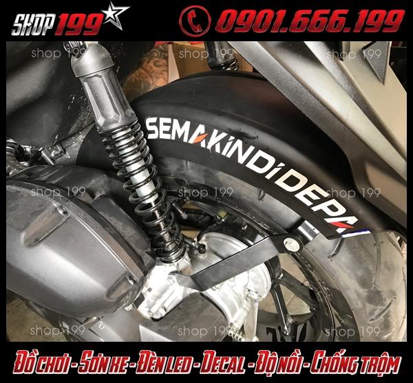 Picture: Dè chắn bùn dành cho xe NVX 125-155 giúp xe ít bẩn hơn